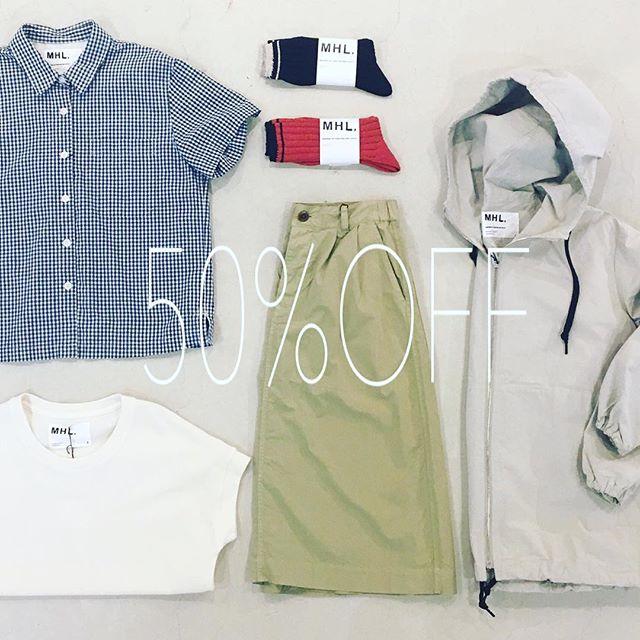 .SUMMER SALEMHL.ALL50%OFF!!.今までSALEになってなかったあのTシャツにスカートも!.SALEもいよいよ今月末までご来店お待ちしております.※一部例外もございますのでご了承くださいませ。.#MHL.#SALE #shirt#skirt#hausmatsue #島根 #松江 #haus_howell