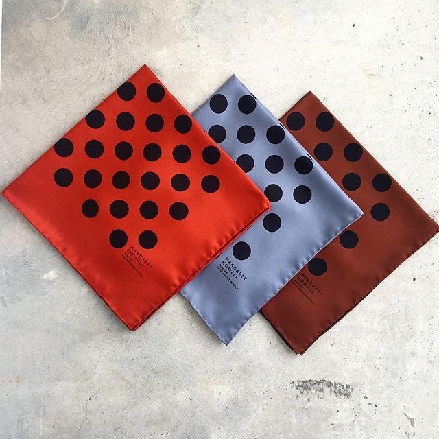 .polka dot scarfも秋色で届きました。.8月も残りわずかはやいものですね。.@haus_howell ..#margarethowell #polkadot scarf#scarf#silk#英国#autumn #hausmatsue #島根#松江