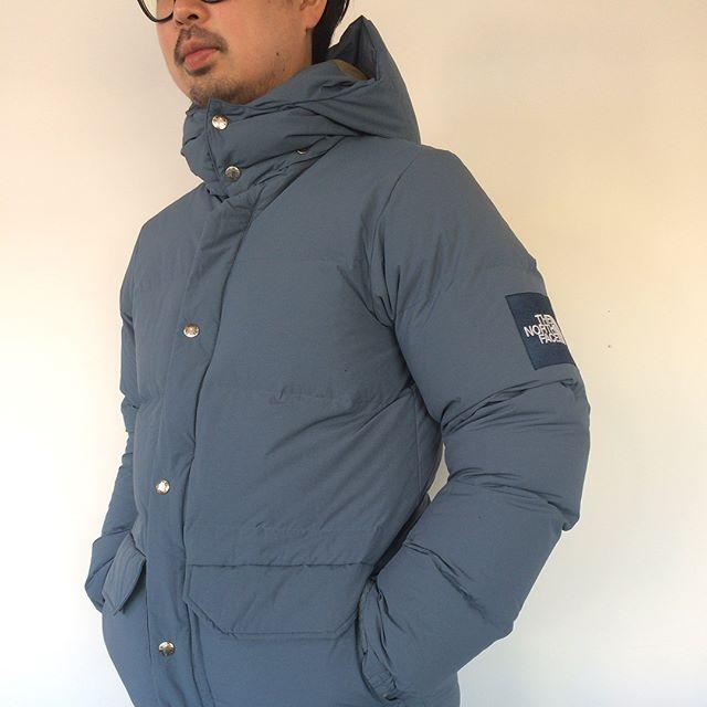 12月に入ると同時に冬らしい気候になりました。ダウンジャケットの出番がやってまいりました!・ハウスのセレクトはthe north faceのキャンプシェラショート。アウトドアのダウンとはこれ、という定番のデザイン。600フィルダウンの十分な保温力、多少の雨や雪を弾く撥水性..など山陰の厳しい冬を過ごすのに、ちょうど良い機能を備えています。・是非店頭でご覧ください!・《haus営業時間》ショップ  11:00-20:00ビストロカフェ  モーニング  9:00-11:00(オーダーストップ10:30)ランチ〜ディナー 11:30-21:00(オーダーストップ20:15)#hausmatsue#thenorthface#ノースフェイス#campsierrashort#キャンプシェラショート#ダウン#ダウンジャケット#haus_outdoor