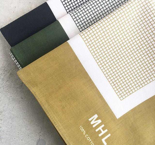 .新たな柄を使用したMHL.のスカーフの入荷です︎ちいさなチェックの太めな縁取りが首に巻いた時にすてきな表情を見せます。.あわせてこちらもどうぞ@haus_howell .#MHL#TINY CHECK SCARF#scarf#hausmatsue #島根#松江
