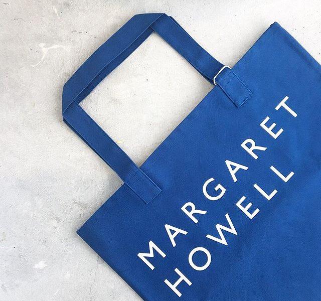.ハウスホールド定番のコットンキャンバスのロゴバッグ。.春らしいブルー×ホワイト.#margarethowell #household goods#ハウスホールド#cotton canvas#logotote#tote bag#日本製#頒布#hausmatsue #島根#松江