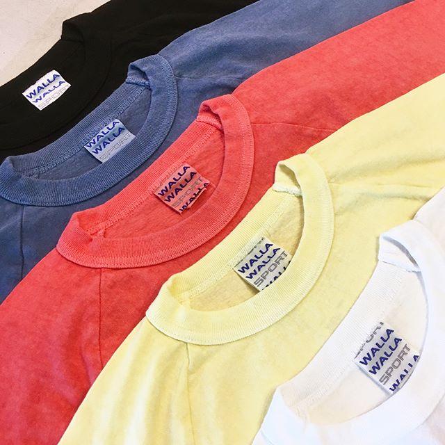 .【WALLA WALLA SPORTS/Half sleeve tee】.夏にヘビロテ間違いなしのハーフスリーブTee。旬なビッグシルエットで一枚でも十分様になります。ホワイト、ブラック以外のお色は製品染が施されているためUSEDライクな風合いです。一枚で様になる無地Tee、是非お試しください◎..#wallawalla#wallawallasport #tee#tシャツ#カットソー#haus#haus_matsue#hausmatsue #松江カフェ #島根カフェ#松江 #島根 #山陰