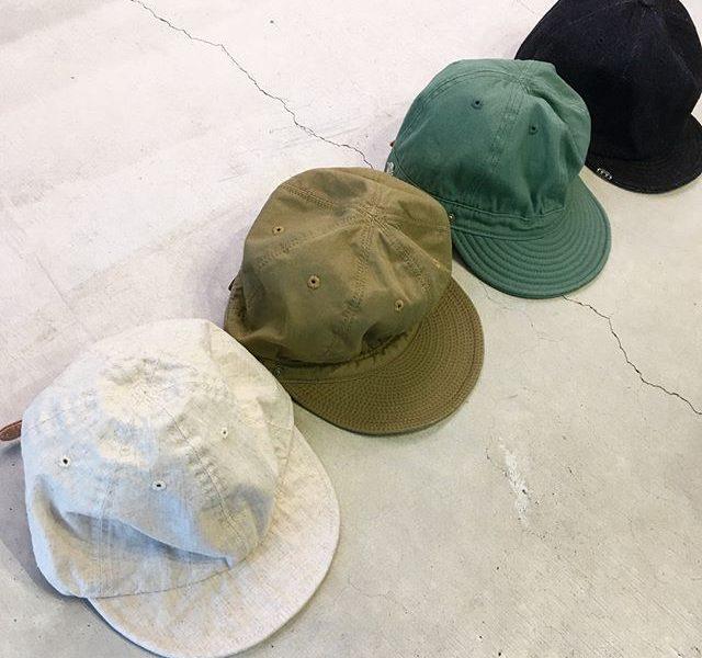 HÅUSの父の日岡山県発のヘッドギアブランド、「DECHO」が手掛けるボールキャップ。ワーク、ミリタリーなど男らしく渋みあるテイストのファッションに相性良くマッチします。日差しが強くなるこれからの時期、活躍する事間違いなしです◎.#decho#cap#キャップ#父の日#haus #haus_matsue #hausmatsue #松江カフェ #島根カフェ #松江 #島根 #山陰