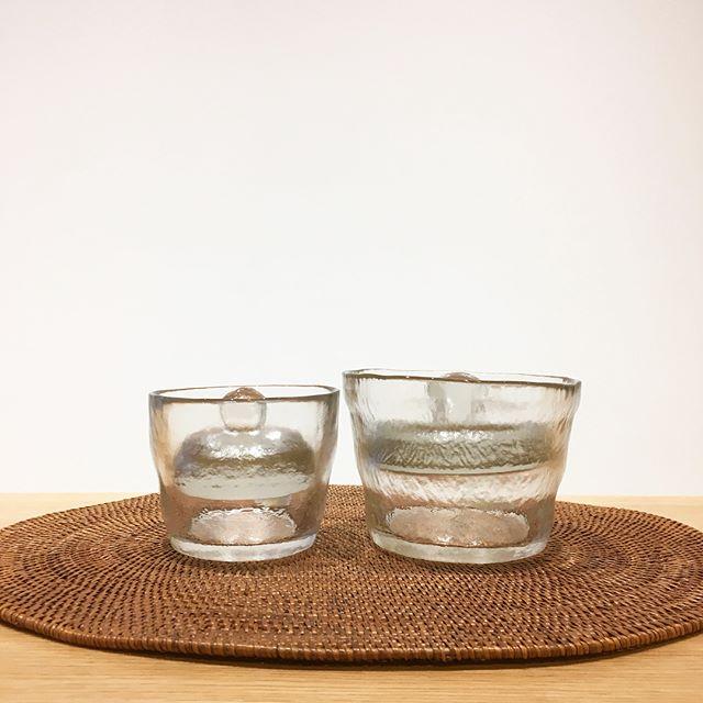 .涼しげな雰囲気漂う、手作りガラスの浅漬鉢。保存容器としてはもちろん、食卓を鮮やかに彩ります。大小サイズございますので人数に合わせてお選びいただけます◎.#kinto#キントー#浅漬け#浅漬鉢#haus#haus_matsue#hausmatsue #松江カフェ #島根カフェ#松江 #島根 #山陰