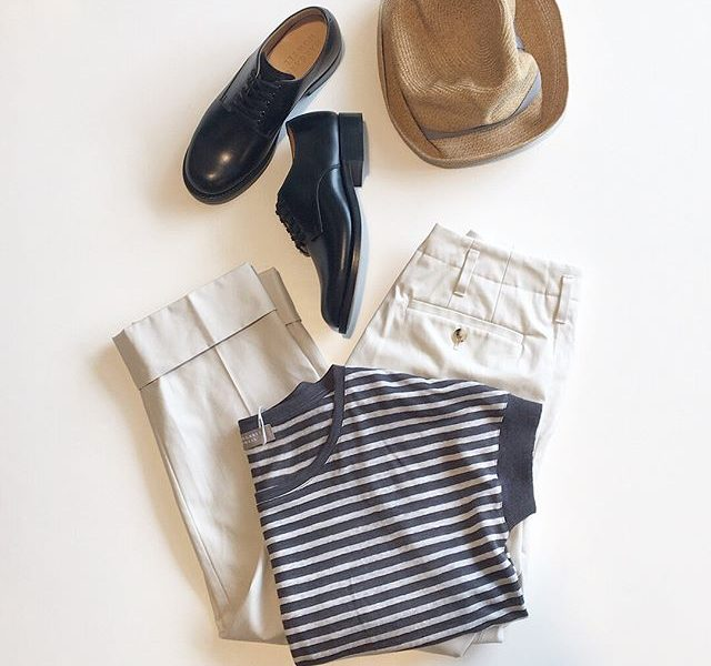 .linen stripe jersey定番のグレー.去年から新しく仲間入りした無地もおすすめです。.あわせてこちらもどうぞ︎@haus_howell .#margarethowell #linen stripe jersey#brushd cotton twill#trousers#leather race up shoes#leather#革靴#matureha #boxhat#hat#hausmatsue #島根#松江
