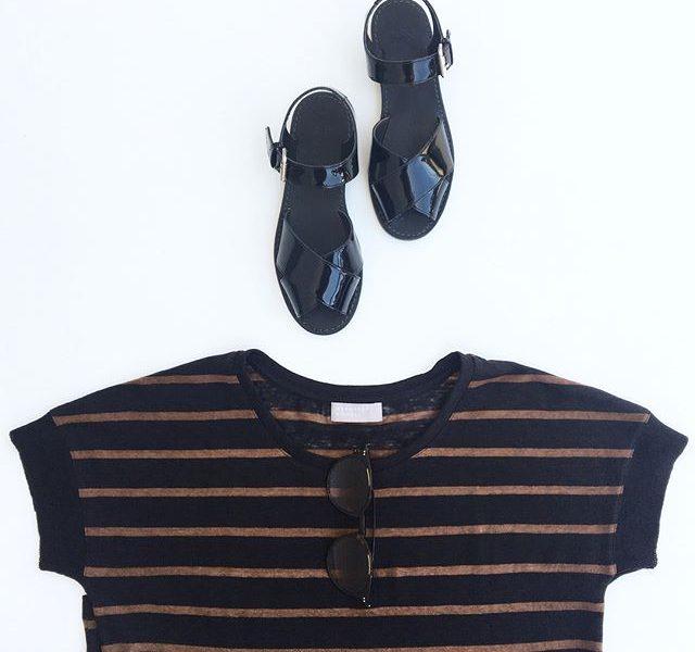 .立秋なるほど本当に涼しくなった…と思ったのも束の間またも酷暑。色合いだけでも秋に。.color  DK.Navy×Hazei(ヘーゼル)、Natural×Black.あわせてこちらもどうぞ︎@haus_howell .#margarethowell #stripe linen jersey#patentsandals #oliverpeoples #sunglasses#brown#hausmatsue #島根#松江