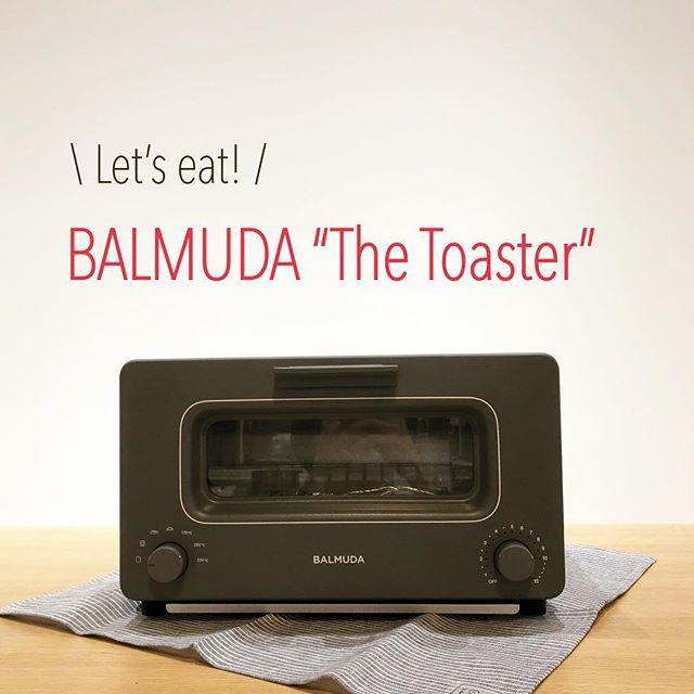 """.BALMUDAの試食会実施期間:10/13(土)~14(日).先週大好評いただきました「BALMUDA""""The Toaster""""」の試食会、お越しいただけなかった方のために今週末も実施します!!市販の食パンがバルミューダの手によってどれだけ生まれ変わるのか、、、お客様の感覚でお確かめください大注目される理由がきっと分かるはず。このご機会をお見逃しなく◎.#balmuda#バルミューダ#thetoaster#トースター#haus #haus_matsue #hausmatsue #松江カフェ #島根カフェ #松江 #島根 #山陰"""