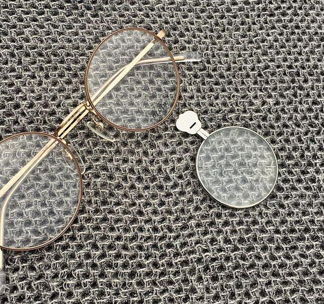 本日2/15より大人のメガネフェアはじまりましたサイズで選ぶ似合う眼鏡顔だけではなく全体のバランスも考えてセレクトいたします・普段の生活のなかで見え方が気になりだしたメガネ未体験の方使用しているメガネの見え方に不満がある方自分に似合う眼鏡って何だろう?など質問だけでも大丈夫です・そのほか運転専用レンズスマホ専用レンズ料理専用レンズなどあなた専用のレンズを作ります・#ライフスタイルショップ ならではの提案をぜひお試しください・#optical#めがね#hausmatsue #島根#松江#松江メガネ#生活に寄り添うメガネ#メガネ男子#メガネ女子#似合う眼鏡探したい#propo#乱視#遠近両用眼鏡 #老眼鏡 #メガネデビュー