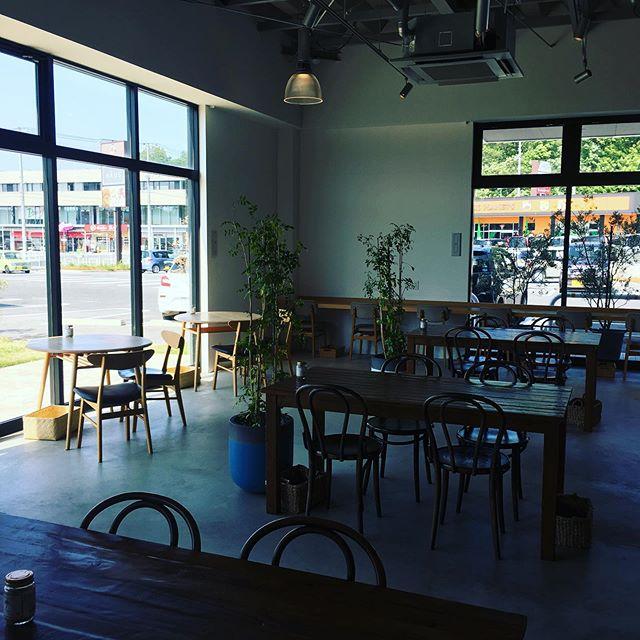 こんにちは。いつもご利用ありがとうございます!haus cafe本日6/10 店休日を頂いております。明日から営業いたします。みなさまのご来店お待ちしております! …HAUS営業時間》*ショップ 11:00-20:00.*ビストロカフェランチ  11:30-14:00カフェ  14:00-18:00(Lo17:30)…..#cafe #カフェ #カフェ巡り #hausmatsue #haus_matsue #松江 #島根 #山陰#松江カフェ #島根カフェ#島根旅行