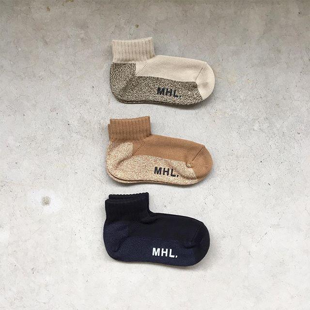 .RASOXのスタンダードといわれる形と編み機の特徴を活かしたL字型ソックス入荷です。color  ベージュ、ブラウン、ブラックメンズ、ウィメンズ共に入荷してます#MHL#melange short sock#socks#rasox#L字型ソックス#hausmatsue #島根#松江